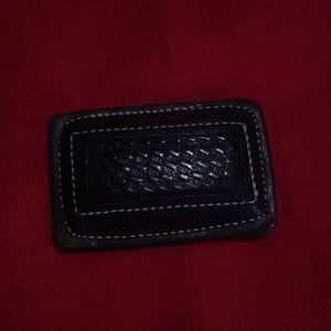 Leather belt buckle.  Made in Mexici